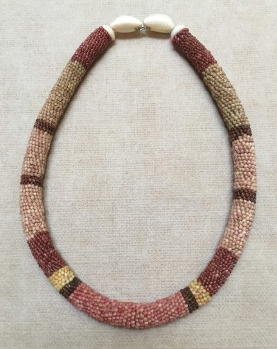 Ni'ihau Collectors' Lei, 23″ Wili Poepoe. Created by master artisan by Ehu Kanahele.
