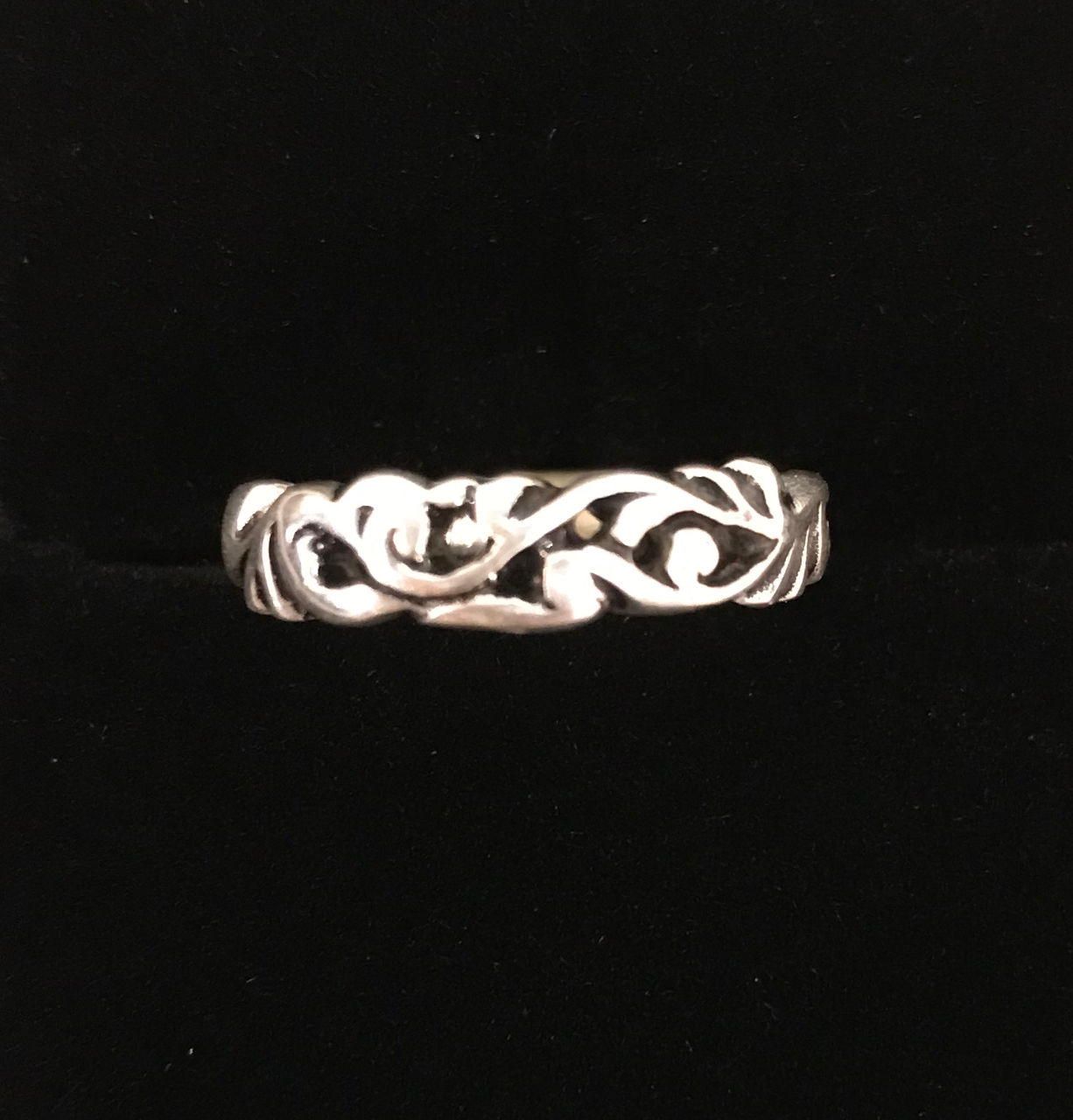 sterling silver thin band ring with flow lines