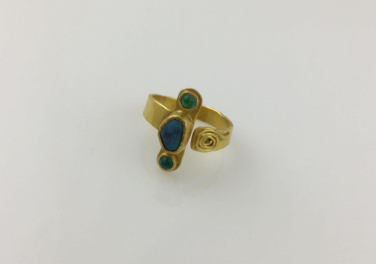 22K Australian Opal Paraiba Ring