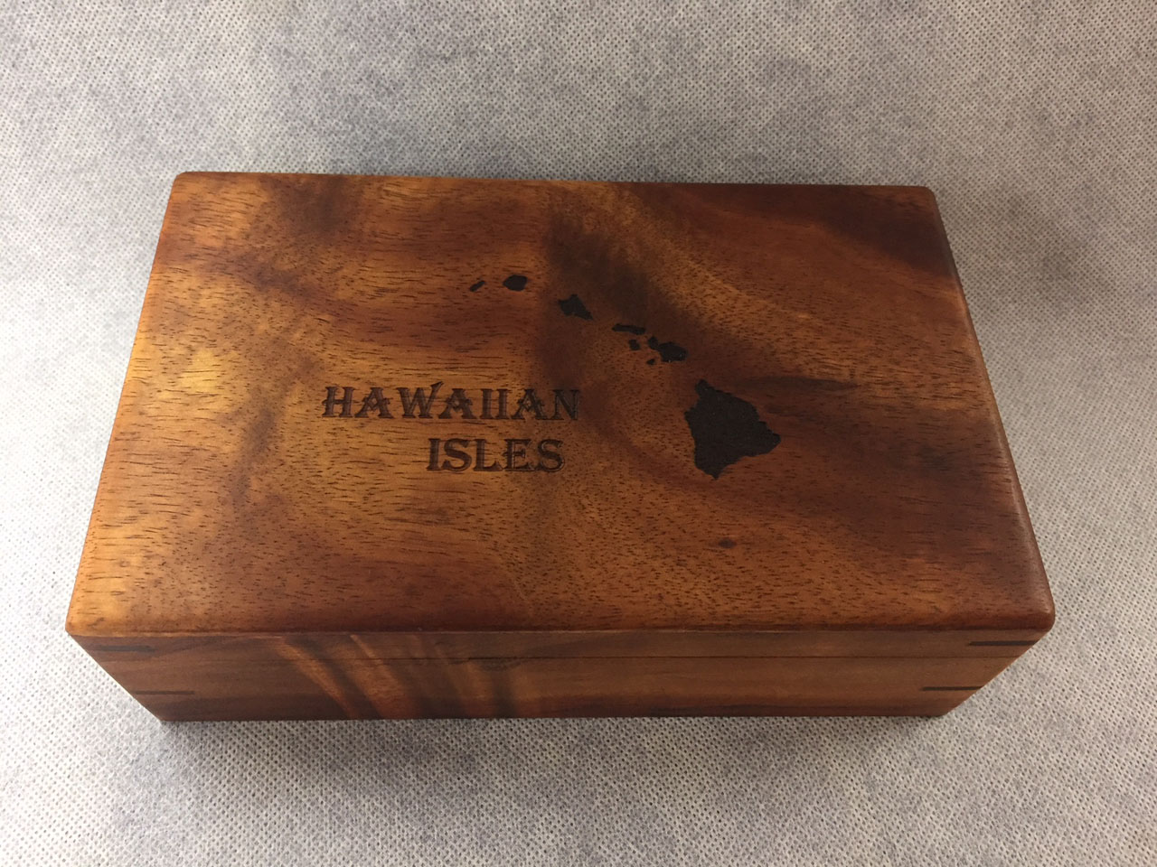 Hawaiian Isles Engraved Hinged Koa Box