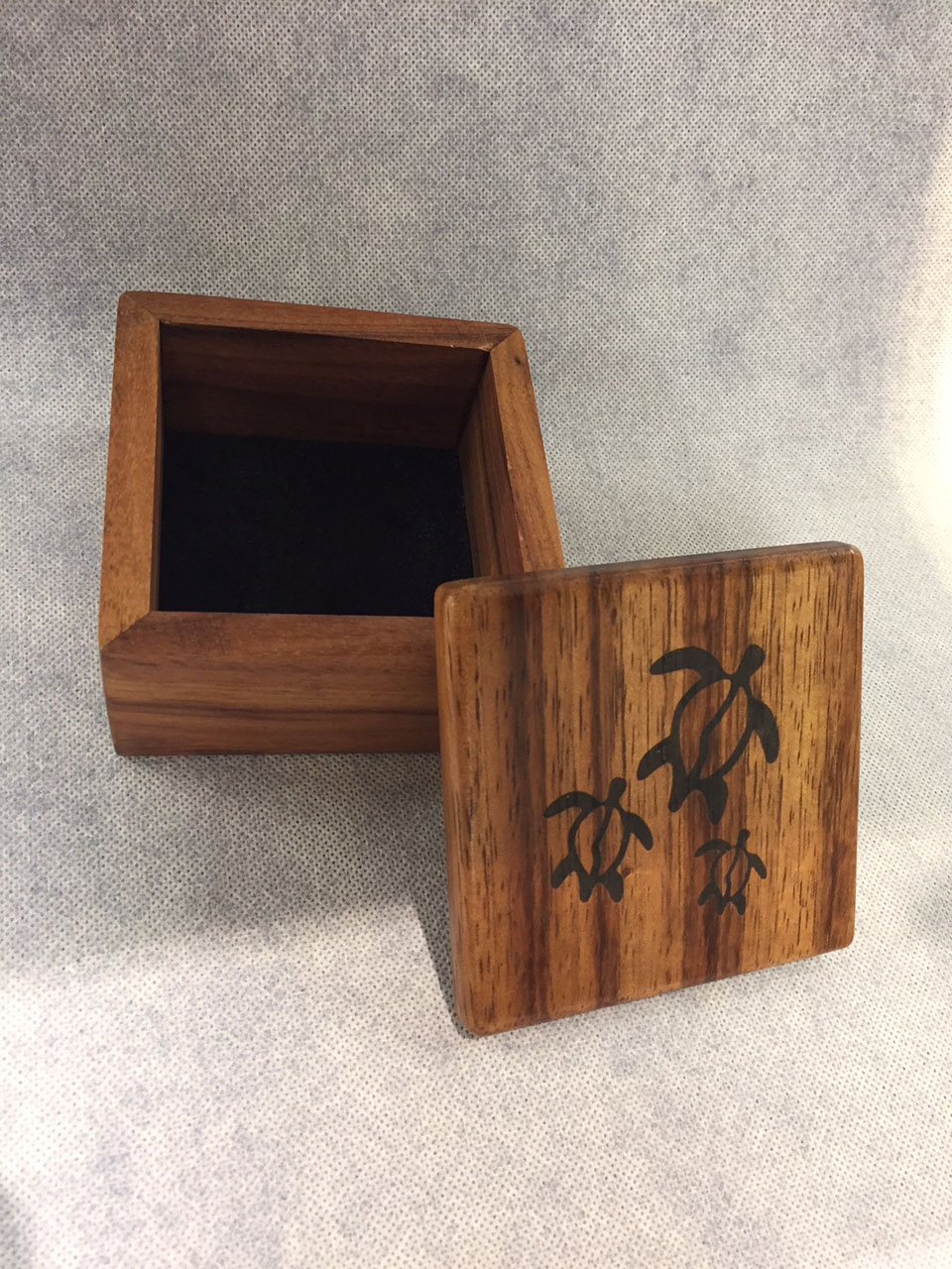 Un-hinged Honu Petroglyph Engraved Box