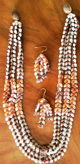 3 Strand Heleconia Lei and Earrings