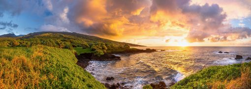 """""""Ohe'o Rising"""" by Cody Roberts"""