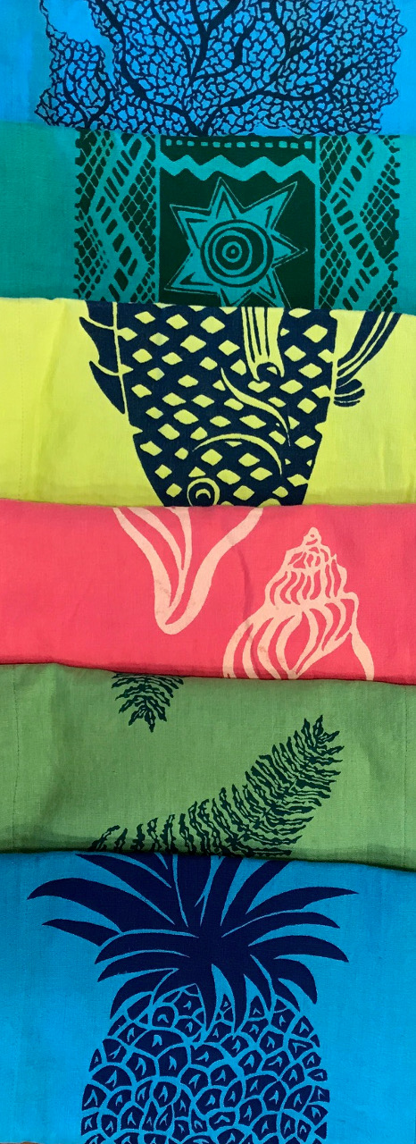 Table Runner by Maui Monkey Business - Examples